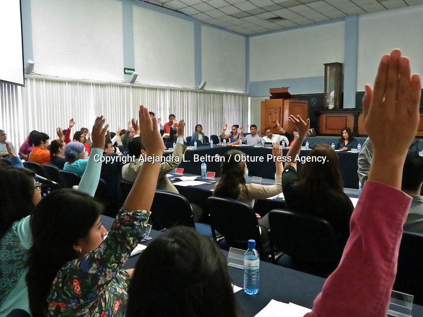 Querétaro, Qro. 27 de agosto 2015. Esta mañana, sesionó el Consejo Académico de la Universidad Autónoma de Querétaro. Foto: Alejandra L. Beltrán / Obture Press Agency.