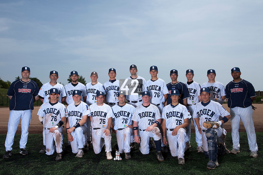 23 May 2009: Team Rouen poses prior a game against La Guerche during the 2009 challenge de France, a tournament with the best French baseball teams - all eight elite league clubs - to determine a spot in the European Cup next year, at Montpellier, France. Rouen wins 6-2 over La Guerche.