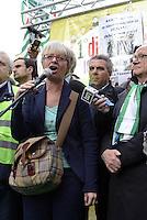 Roma, 1 Dicembre 2014<br /> Sciopero dei lavoratori e dele lavoratrici del pubblico impiego indetto dalla CISL per la difesa del contratto.<br /> Manifestazione in Piazza Montecitorio.<br /> Annamaria Furlan,segretario generale CISL