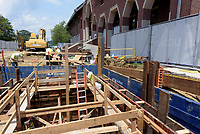 UConn Steam and Condensate Line and Vault Replacement Project. Task No. 02 - Progress Documentation 12 July 2017. Number 05 of 38 Images