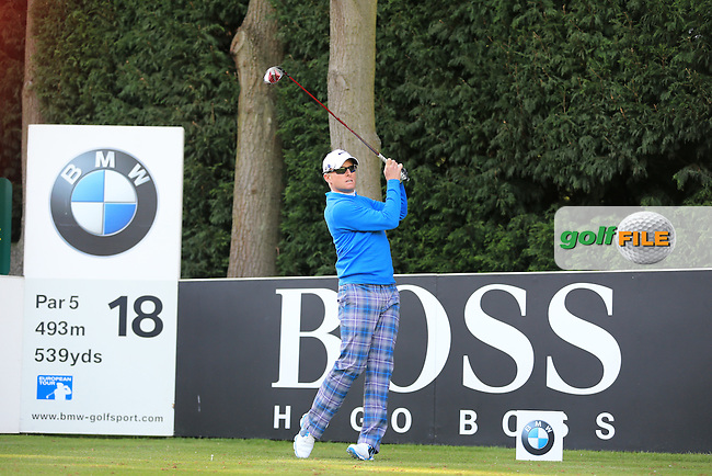 Simon Dyson (ENG) on the 18th during round 1 at the BMW PGA Championship 2013, Wentworth Club, Virginia Water, Surrey, England. 22/5/13.Picture:  Fran Caffrey/www.golffile.ie