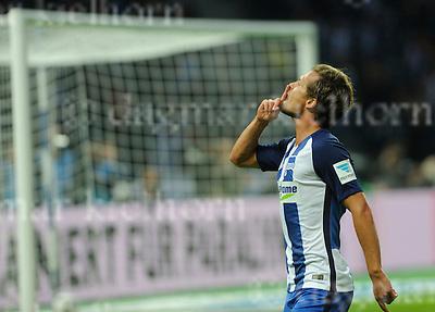 Sept.18-2016,Olympic Stadium,Berlin,Germany<br /> Bundesliga,Spieltag 03<br /> Hertha BSC vs FC Schalke 04  <br /> Valentin Stocker celebrates,he scored the 2nd goal for Berlin
