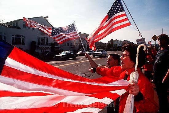 Pro-war Gulf War protest at the Marina.   &amp;#xA;<br />