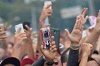 SÃO PAULO,SP, 14.04.2019 - SÃO PAULO-CORINTHIANS – Torcida do São Paulo antes da partida contra o Corinthians, jogo válido pelA Final do Campeonato Paulista 2019, disputada no estádio do Morumbi em São Paulo, neste domingo, 14. (Foto: Levi Bianco/Brazil Photo Press/Folhapress)