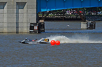 Kris Shepard, (#46) skips out and hits Jeff Reno, #34, knocking a hole in his own boat. (SST-120 class)