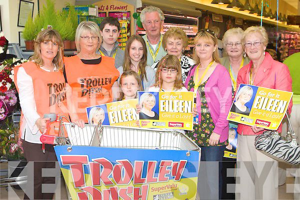 Eileen O'Brien pictured with her supporters at the Kerry's Eye Trolley dash at Garveys Supervalu, Castleisland on Friday from left Siobhain Moore, Eileen O'Brien, Ryan, Rebecca, Micheala, Edward, and LAuren Moore, Shiela McVeigh, Eilish O'Brien, Nora O'Sullivan and Chris Griffin.