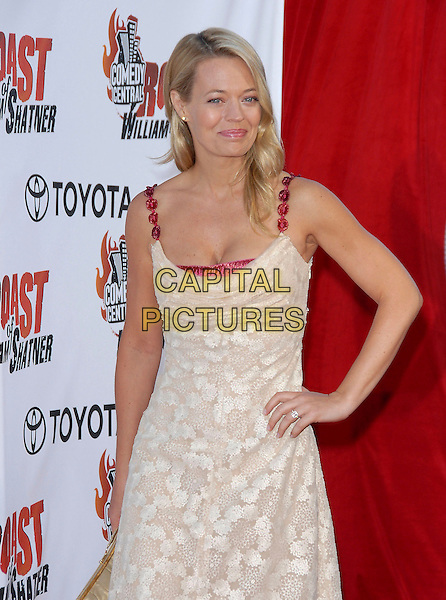 JERI RYAN .attends The Comedy Central's Roast of William Shatner held at CBS STudios in Studio City, California, USA, .August 13, 2006.half length beige gold cream dress red straps clutch bag jerri  jerry hand on hip.Ref: DVS.www.capitalpictures.com.sales@capitalpictures.com.©Debbie VanStory/Capital Pictures