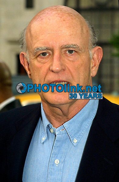 "PETER BOYLE  2002<br /> PREMIERE OF ""HOLLYWOOD ENDING"" AT THE CHELSEA WEST THEATRE IN NEW YORK CITY<br /> Photo By John Barrett/PHOTOlink"