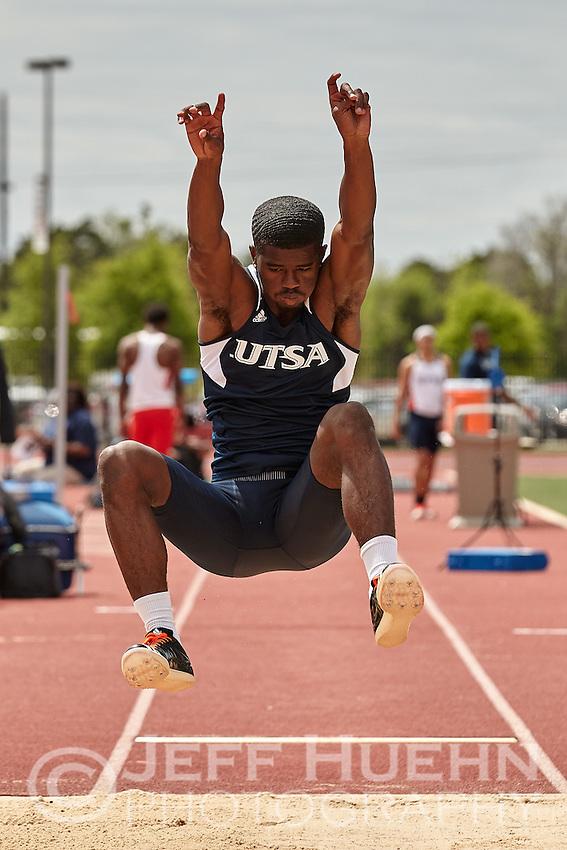 SAN ANTONIO, TX - APRIL 9, 2016: The University of Texas at San Antonio hosts the Roadrunner Invitational Track & Field Meet at the Park West Athletics Complex. (Photo by Jeff Huehn)