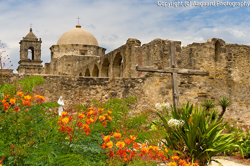 Garden with cross and statue, Mission San Jose, San Antonio, Texas.<br /> <br /> Canon EOS 30D, 17-40 f/4L lens