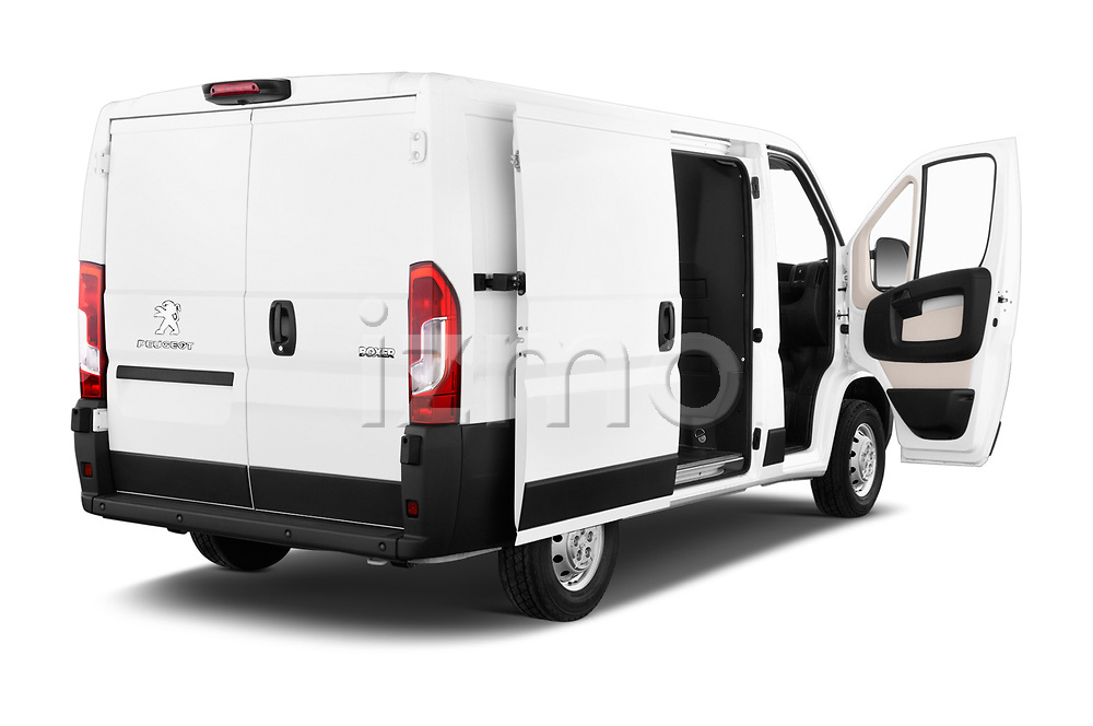 Car images close up view of a 2018 Peugeot Boxer Pro 5 Door Cargo Van doors