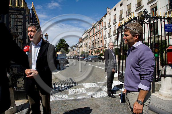 BRUSSELS - FRANCE - 01 AUGUST 2009 -- Anders Fogh Rasmussen on his first day as NATO Secretary General talking to the press outside the iron gate that lead to the street with his new residence. Photo: Erik Luntang/EUP-IMAGES