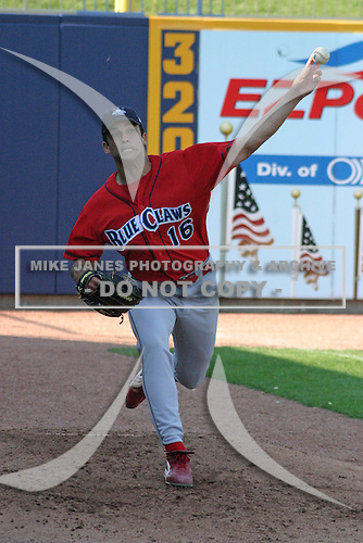 June 28, 2003:  Pitcher Nick Bourgeois of the Lakewood Blueclaws during a game at Classic Park in Eastlake, Ohio.  Photo by:  Mike Janes/Four Seam Images