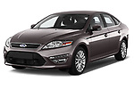 Front three quarter view of a 2013 Ford Mondeo Trend Hatchback2013 Ford Mondeo Trend Hatchback