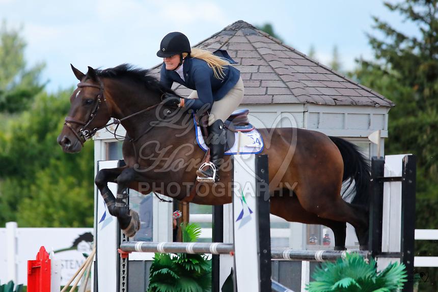 Ashley Hillyer, Daring