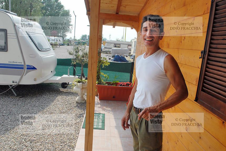 - campo modello di zingari Sinti &quot;Quartiere Terradeo&quot; a Buccinasco (Milano)<br /> <br /> - model camp of Sinti gypsies &quot;District Terradeo&quot; in Buccinasco (Milan)