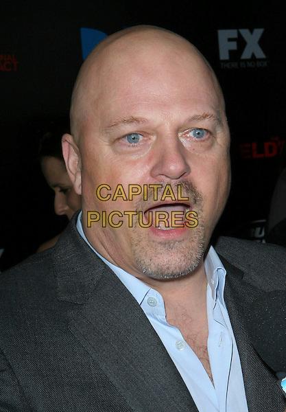 "MICHAEL CHIKLIS .""The Shield: The Final Act"" FX Network Finale Screening held at the Arclight Theatre, Hollywood, California, USA, .25th November 2008..portrait headshot grey gray suit blue shirt  beard stubble facial hair funny mouth open .CAP/ADM/TC.©T. Conrad//Admedia/Capital Pictures"
