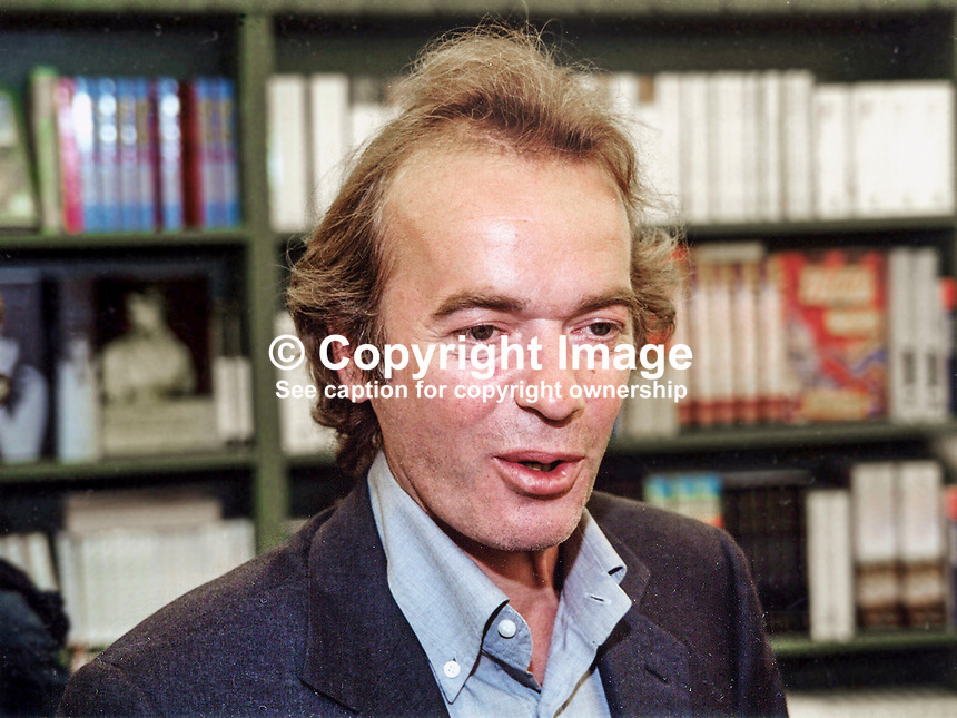 Martin Amis, author, British, born 1949. Son of Sir Kingsley Amis. Picture taken Hay Festival. 200005041.<br />
