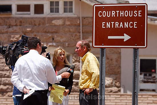 richard holm, gary engels at Kelly Fischer trial; 7.06.2006<br />