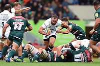 Tom Dunn of Bath Rugby takes on the Leicester Tigers defence. Aviva Premiership match, between Leicester Tigers and Bath Rugby on September 3, 2017 at Welford Road in Leicester, England. Photo by: Patrick Khachfe / Onside Images
