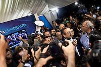 Atene, risultati elezioni giugno 2012. Antonis Samaras dopo la vittoria in piazza Syntagma.