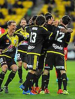 151113 A-League Football - Wellington Phoenix v Adelaide United