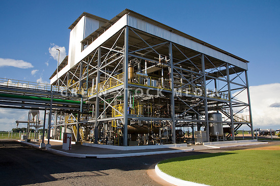 Portrait of the biodiesel production facility at Usina Barralcool. Barralcool, in the state of Mato Grosso, Brazil, is the world's first integrated ethanol, biodiesel, and sugar refinery. Contact Green Stock Media to view additional images from this photo shoot. Image size: 4368 x 2912 pixels, very high resolution, 12.8 megapixels