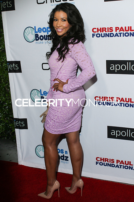 BEVERLY HILLS, CA, USA - OCTOBER 26: Jeanette Jenkins arrives at the CP3 Foundation Celebrity Server Dinner held at Mastro's Steakhouse on October 26, 2014 in Beverly Hills, California, United States. (Photo by Rudy Torres/Celebrity Monitor)