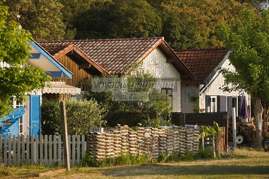 Europe/France/Aquitaine/Gironde/Bassin d'Arcachon/Cap Ferret: détail cabanon d'ostréiculteur du Village des Pécheurs
