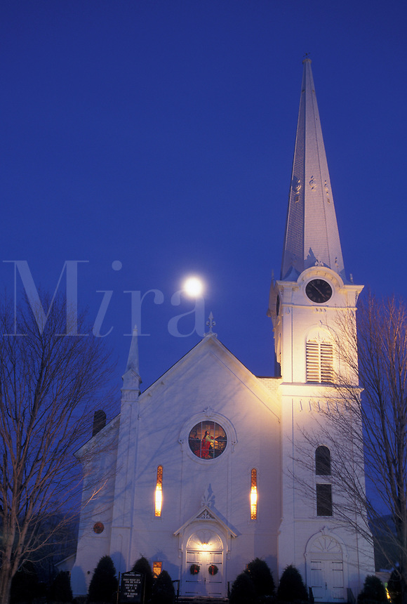 AJ4638, church, Vermont, moon, winter, Christmas, Full moon rises over the First Congregational Church at night in the winter in Manchester Village in Bennington County in the state of Vermont. New England style church