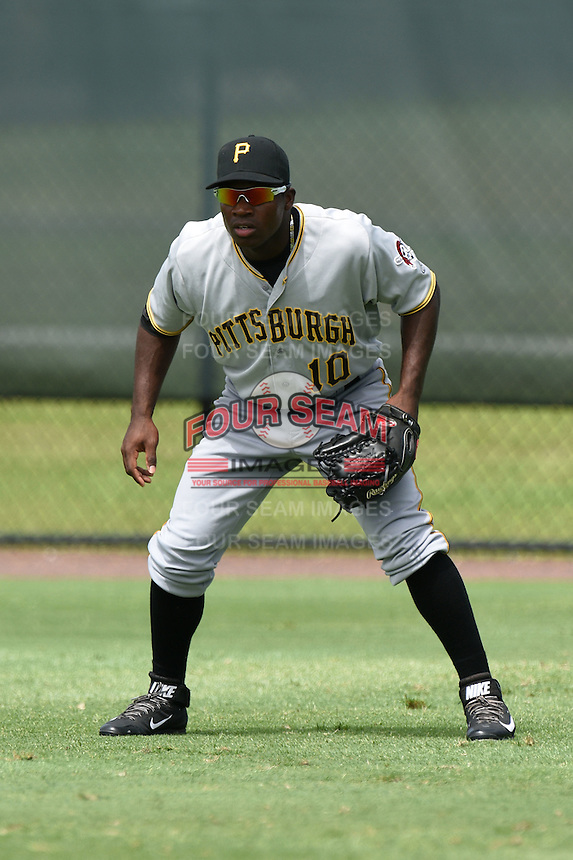 GCL Pirates outfielder Tito Polo (10) during practice before a game against the GCL Phillies on June 26, 2014 at the Carpenter Complex in Clearwater, Florida.  GCL Phillies defeated the GCL Pirates 6-2.  (Mike Janes/Four Seam Images)