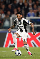 Football Soccer: UEFA Champions UEFA Champions League quarter final first leg Juventus-Barcellona, Juventus stadium, Turin, Italy, April 11, 2017. <br /> Juventus Dani Alves in action during the Uefa Champions League football match between Juventus and Barcelona at the Juventus stadium, on April 11 ,2017.<br /> UPDATE IMAGES PRESS/Isabella Bonotto