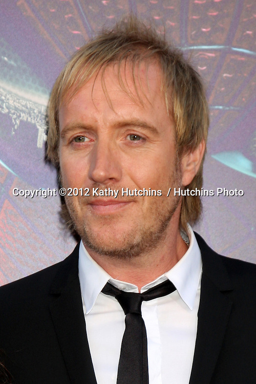 """LOS ANGELES - JUN 28:  Rhys Ifans arrives at the """"The Amazing Spider-Man"""" Premiere at Village Theater on June 28, 2012 in Westwood, CA"""