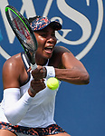 Venus Williams (USA) defeated Kiki Bertens (NED) 6-3, 3-6, 7-6