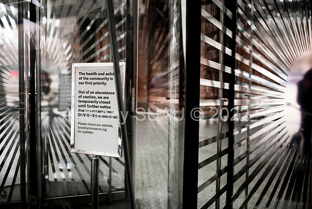 Brooklyn, New York<br /> March 20, 2020<br /> 1:27 PM<br /> <br /> Manhattan under the coronavirus pandemic. <br /> <br /> Museum closed sign at the Brooklyn Museum due to fears of spending the virus.