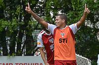 SAO PAULO, 24 DE MARCO DE 2013 - TREINO SAO PAULO - O jogador Carlito durante treino do São Paulo, no CT da Barra Funda, região oeste da capital, na manha desta segunda feira, 25. (FOTO: ALEXANDRE MOREIRA / BRAZIL PHOTO PRESS)