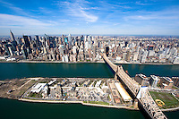View of the Queensboro Bridge (59th Street Bridge) connecting Manhattan and Roosevelt Island.