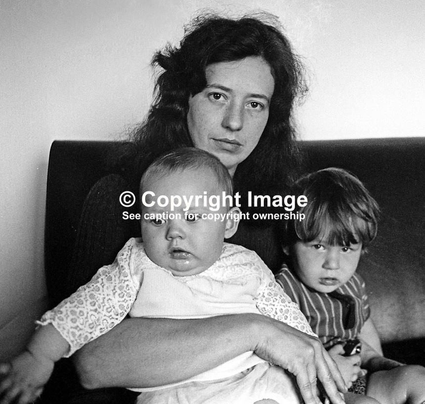 Hilary Herron, wife,  of missing UDA leader Tommy Herron pictured with their two youngest children. 14th September 1972.  Herron&rsquo;s body was found a few days later. 197309140395<br />
