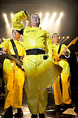 May 06, 2009: DEVO Live at The Forum London UK