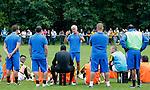 Nederland, Papendal, 1 juli 2012.Seizoen 2012-2013.Eerste training Vitesse .Fred Rutten, de nieuwe trainer-coach van Vitesse, spreekt na afloop van de eerste training de spelersgroep van Vitesse toe