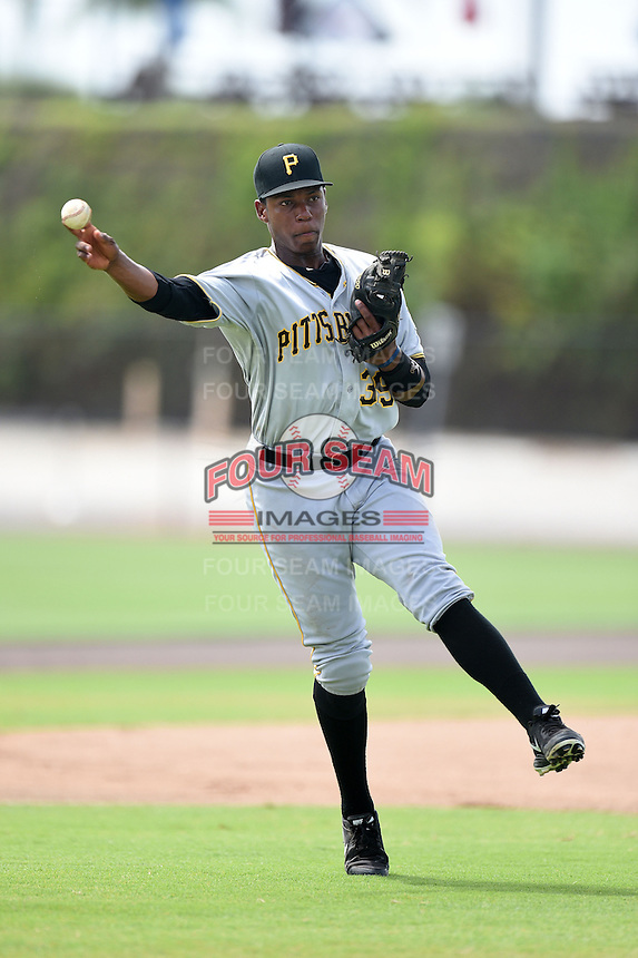 GCL Pirates third baseman Julio De La Cruz (39) during practice before a game against the GCL Phillies on June 26, 2014 at the Carpenter Complex in Clearwater, Florida.  GCL Phillies defeated the GCL Pirates 6-2.  (Mike Janes/Four Seam Images)