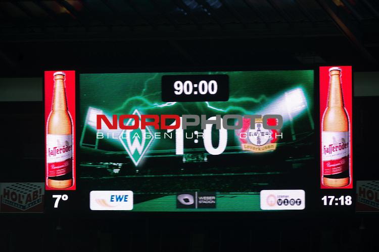 21.12.2013, Weser Stadion, Bremen, GER, 1.FBL, Werder Bremen vs Bayer Leverkusen, im Bild<br /> Endergebnis <br /> <br /> Foto &copy; nordphoto / Kokenge