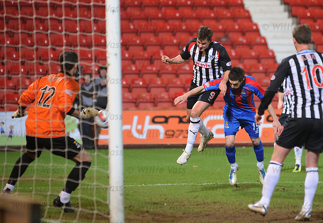 Andrew Barrowman scores for Dunfermline