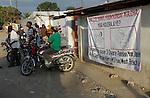 The cholera epidemic in Haiti has already killed 4.500 people and sickened more than 250.000. Centro de asistencia a los enfermos de Colera en Leogan . Photo by Jose L. Cuesta