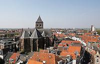 Kampen van bovenaf gefotografeerd. De Buitenkerk