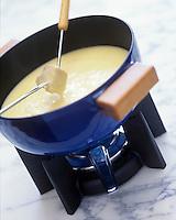 Gastronomie Générale: Fondue savoyarde