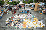 BRUSSELS - BELGIUM - 22 June 2016 -- Brussels city - Marolles the bohemian city part of Brussels. -- Place Jeu de Balle - the famous flee market. -- PHOTO: Juha ROININEN / EUP-IMAGES Käyttöoikeus: vain ET brändi