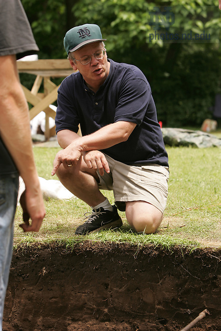 Anthropology professor Mark Schurr at an archaeological dig in Koutz, IN in cooperation with the Kankakee Valley Historical Society.