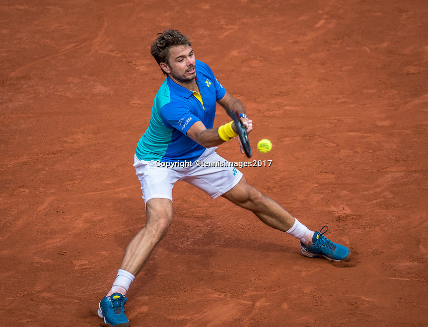 Paris, France, 5 June, 2017, Tennis, French Open, Roland Garros,  Stan Wawrinka (SUI) in his match against  Gael Monfils <br /> Photo: Henk Koster/tennisimages.com