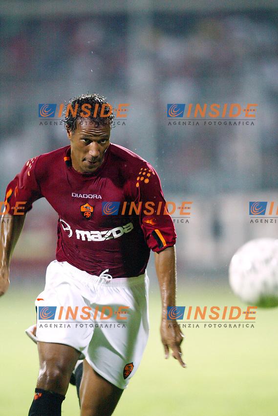 Viterbo 18/8/2003<br /> Viterbese Roma 1-6<br /> Jonathan Zebina (Roma)<br /> <br /> Foto Andrea Staccioli Insidefoto